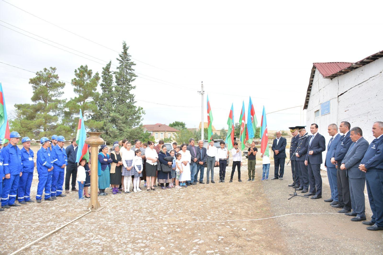 Şamaxı rayonunun daha 2 yaşayış məntəqəsinə - Çöl Göylər və Çıraqlı kəndlərinə ilk dəfə təbii qaz verilib