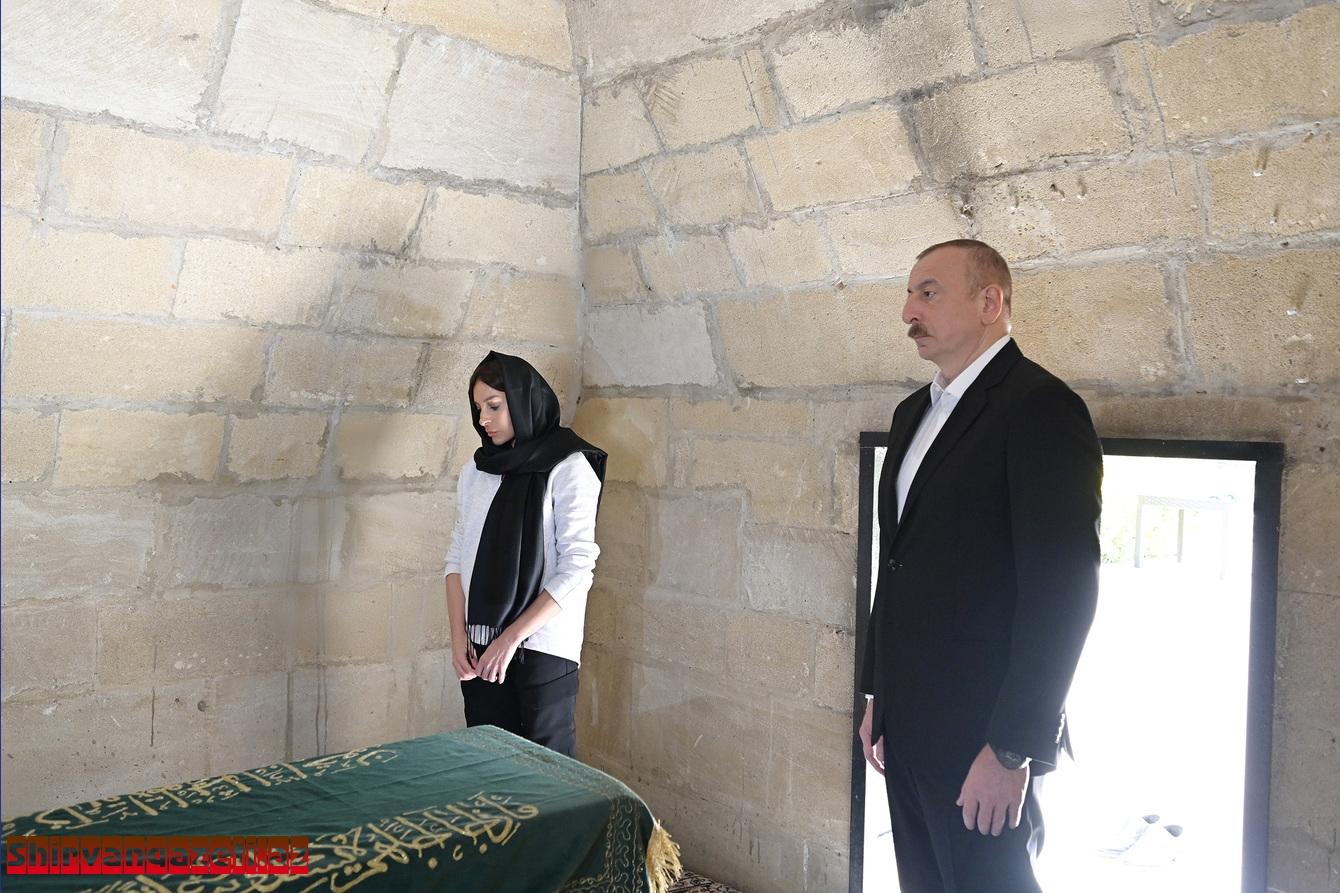 İlham Əliyev Şamaxıda Pirsaat Baba ziyarətgahının yenidən qurulması çərçivəsində görülən işlərlə tanış olub
