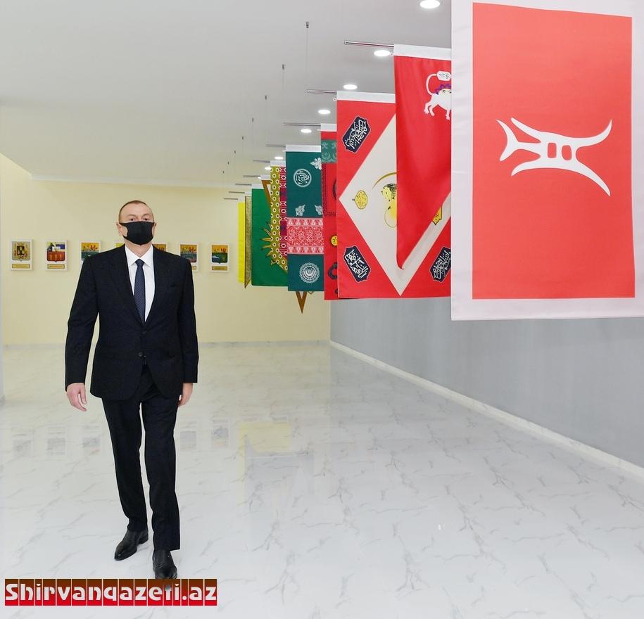 Prezident cənab İlham Əliyevin maskadan istifadə etməsi hər bir Azərbaycan vətəndaşı üçün nümunə olmalıdır