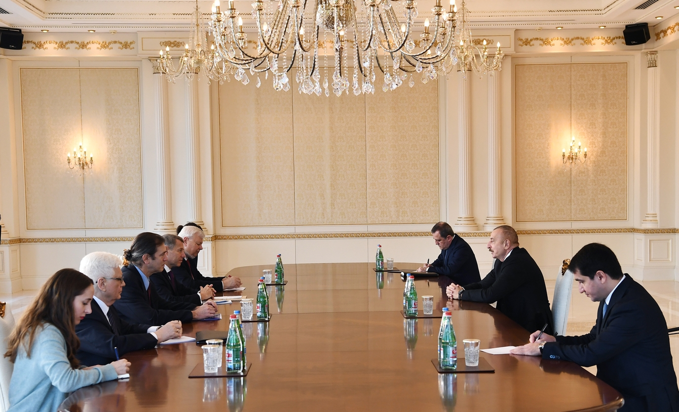 Pezident İlham Əliyev ATƏT-in Minsk qrupunun Fransadan və ABŞ-dan olan həmsədrlərini qəbul edib