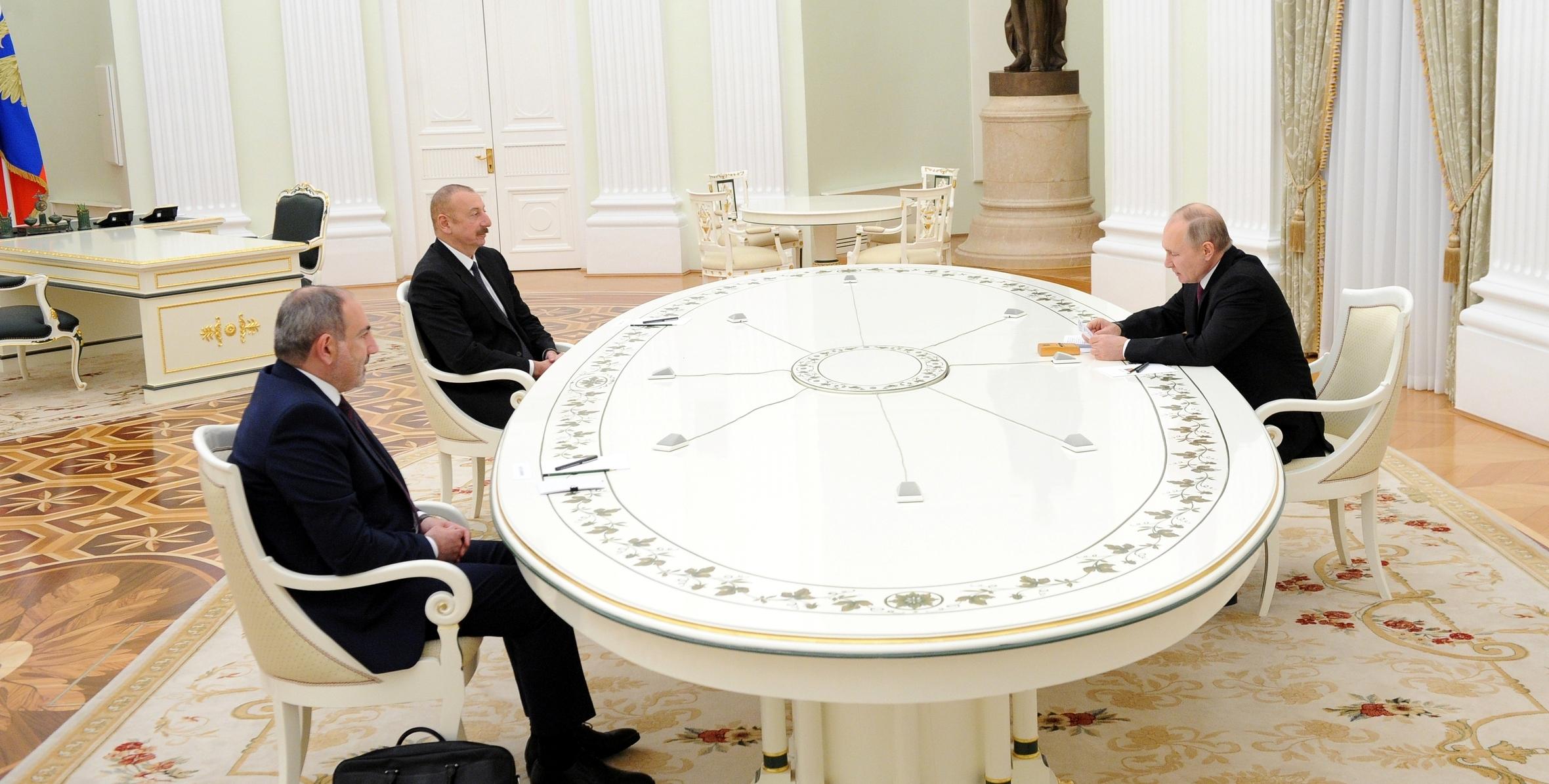 Moskvada Rusiya Prezidenti Vladimir Putin, Azərbaycan Prezidenti İlham Əliyev və Ermənistanın baş naziri Nikol Paşinyan arasında üçtərəfli görüş keçirilib