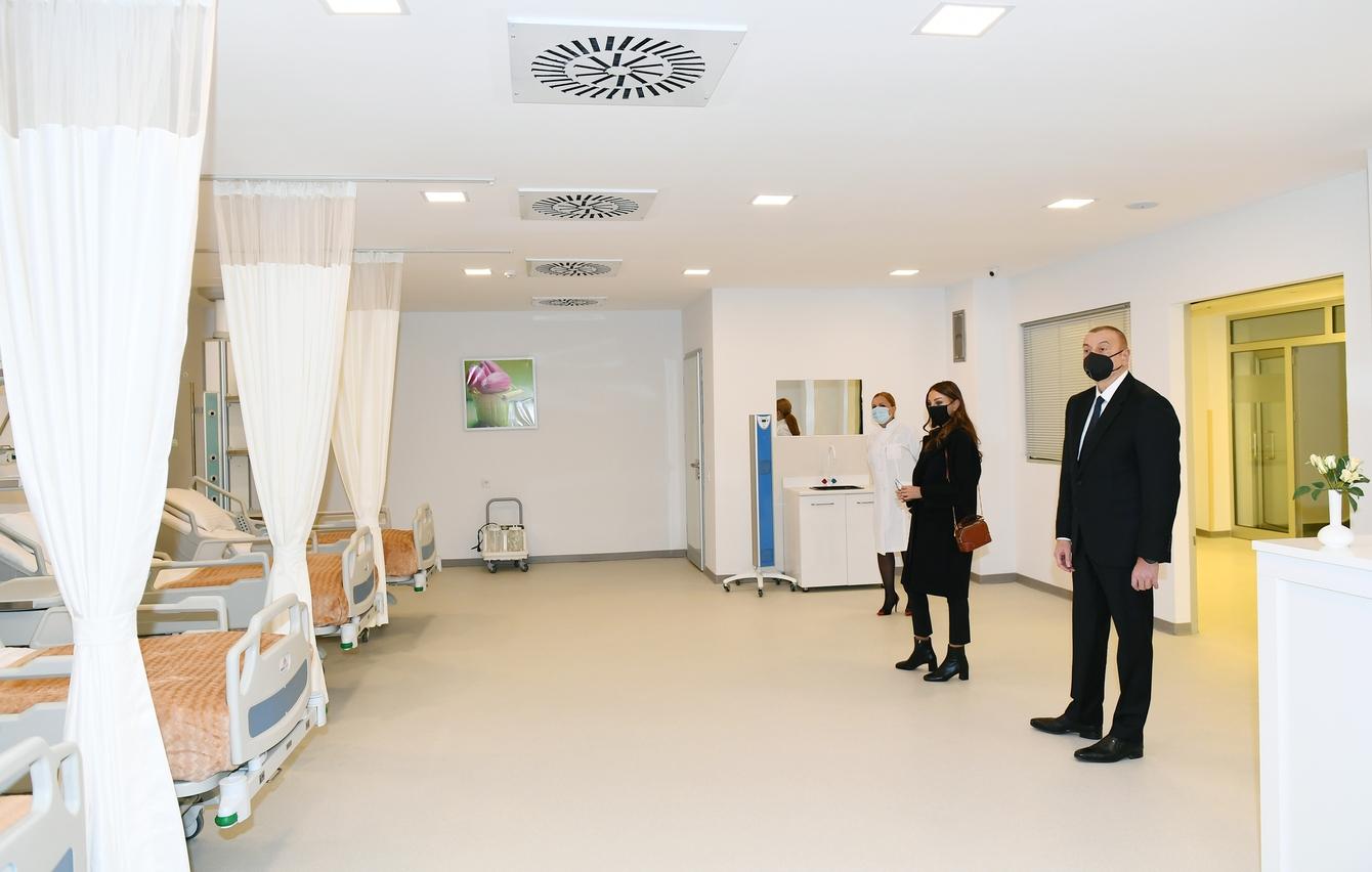 Azərbaycan Respublikasının Prezidenti İlham Əliyev Abşeron Rayon Mərkəzi Xəstəxanasının yeni inşa edilən binasının açılışında iştirak edib