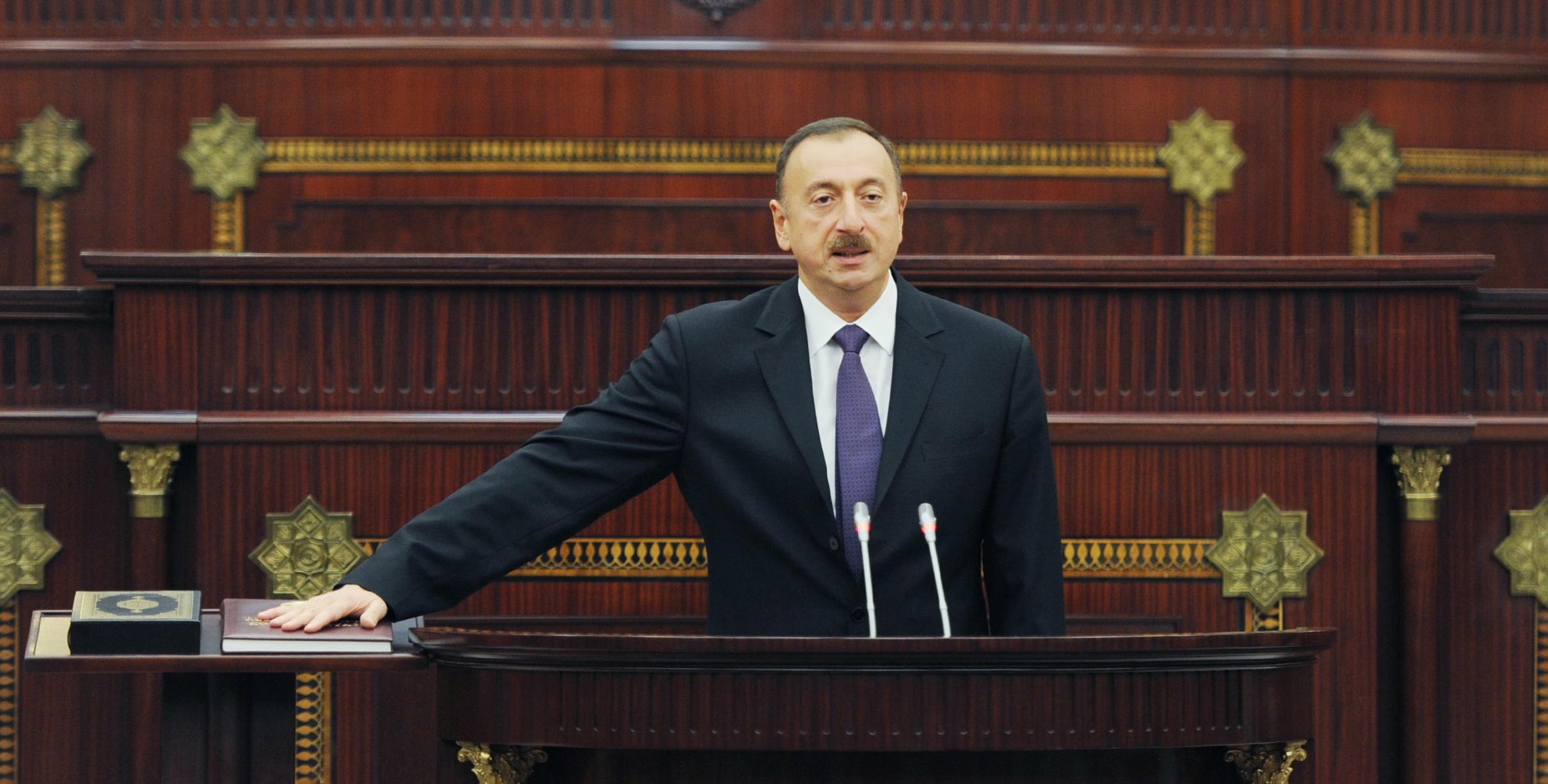 Prezident İlham Əliyev 2003-cü il 15 oktyabr tarixində ilk dəfə Azərbaycan Respublikasının Prezidenti seçildi